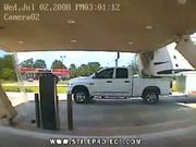 idiot truck driver makes roof collapse