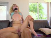 Young Chick Kimberly Moss Receives Good Dicking