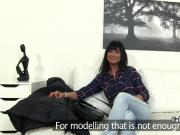 Hot tanned milf got spunk on her pussy