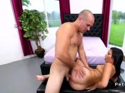 Huge booty spinner fucks huge dick till facial