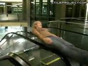Cool escalator trick at mall