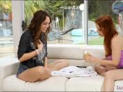 Penny Pax and Jade Nile licking pussies on the couch