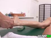 Courtney Cummz Fuck Massage