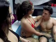 Wild College Girls Have Hot Fun In The Tub
