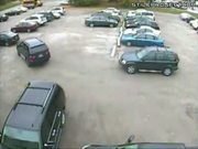 BMW X5 driver can't park to save her life