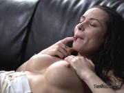 Hot Chick Anna G Gets Freaky With Landlord