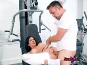 Cheating Wife Jaclyn Taylor Fucks Hung Gym Buddy