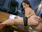 Hot Secretary Valentina Nappi Gets Pleasured By Boss