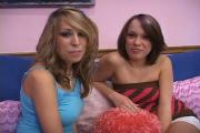 2 Alluring Chicks Service One Needy Rod