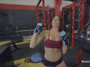 Fucking hot wet gf at gym