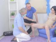 Lover assists with hymen physical and drilling of virgin sweetie