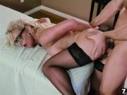 Dr Phoenix Marie sucks her Patients thick cock