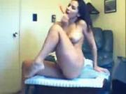 Slutty Young Girl Squirts From Vibrator
