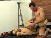 Candy twinks gay porn Mike ties up and blindfolds the y