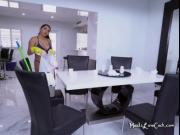 Sexy Maid Julz Gotti Cleans The House Half Naked