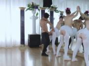 Big patrons mom xxx Ballerinas