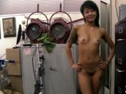 Young amateur shows her lust