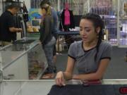 Sexy amateur Kiley Jay pleasures pawndudes cock for cas
