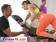 Brunette Babe Pleasing Trainer Big Boner In Gym