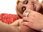 Hot mom is fingered and screwed