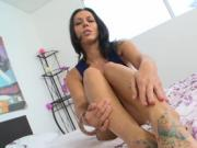 Footjob ends up with cumshots