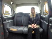 Busty Australian hottie bangs in fake cab