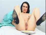 Pissing Shitting Woman Video