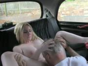 Huge boobs blonde pussy licked in taxi