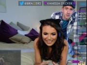 Hottie Vanessa Decker Blows Giant Dick Of Boyfriend