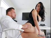 Bootylicious Babe Rachel Starr Enjoys Her Bodguard