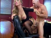 Johnny Sins cock got Nicole Aniston ride