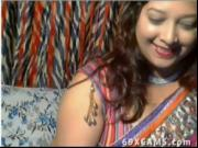 Horny Desi Aunt On Webcam Show