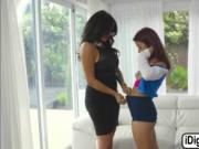 Vanessa Spark gets fucked by her hot stepmom in threeso