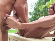 Peta Jensen fuck in her stretched pussy
