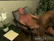 Hole ass boy gay porn JP gets down to service Mitch's h