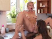Blonde Milf eats natural huge tits babe