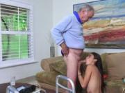Old guy blowjob Poping Pils!