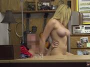 Amateur milf bangs woman Weekend Crew Takes A Crack At