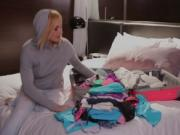 Kate wants to smell Jenna's dirty panties