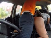Soft ass ebony bangs in driving school car