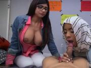Teen wants big dick BJ Lessons with Mia Khalifa