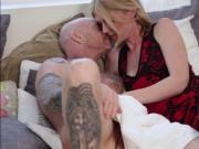 Gorgeous blonde Tranny Mandy fucks Buck Angels tight pu