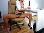 Blonde Model Squirting on Adult Chat