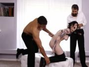 Goth girl Nikki Hearts double penetrated