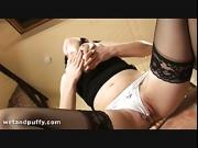 Big titty girl plays about with her pussy