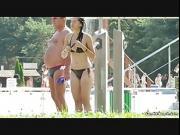 Topless Teens Flashing At The Beach