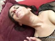 Horny MILF Lavender Rayne gets her mature twat stuffed