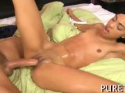 Demure chick thrills hunk with untamed wiener riding
