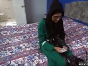 Muslim teen Desperate Arab Woman Fucks For Money