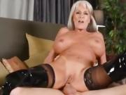 Big tits granny gets analyzed